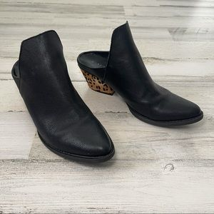 VERY VOLATILE Leather and Calf Hair Heeled Mules